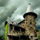 20 rozprávkových lesných domčekov