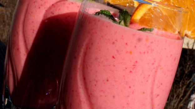 Jahodovo – jogurtové frappé