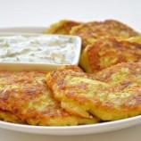 Cuketové lievance so syrom a cesnakom