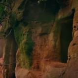 Muž objavil jaskyňu a rozhodol sa v nej bývať. Neuveríte, aký úžasný domov z nej vytvoril!