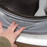 Ako zbaviť práčku zápachu, vodného kameňa a nečistôt?