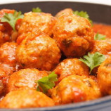 Jednoduché a úžasne chutné karbonátky v paradajkovej omáčke