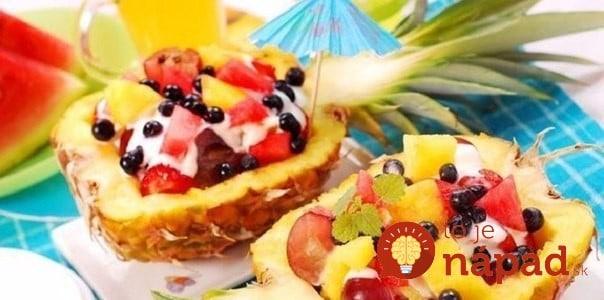 Ovocný šalát v ananáse