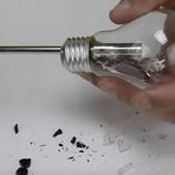 5 vecí, ktoré možno vyrobiť z nefunkčnej žiarovky