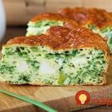 Zdravý obed bez výčitiek: Vyskúšajte slaný koláč s mäsom a zelenou cibuľkou