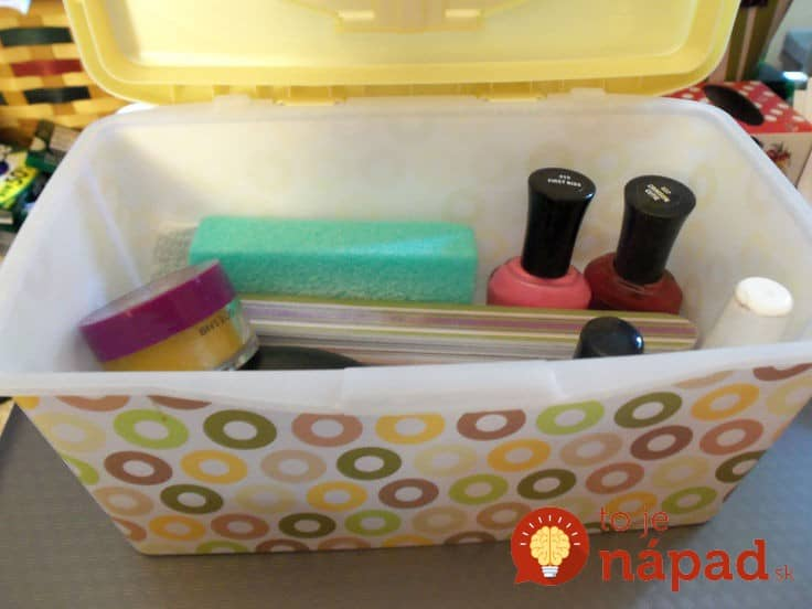 Repurposed-Baby-Wipe-Containers44