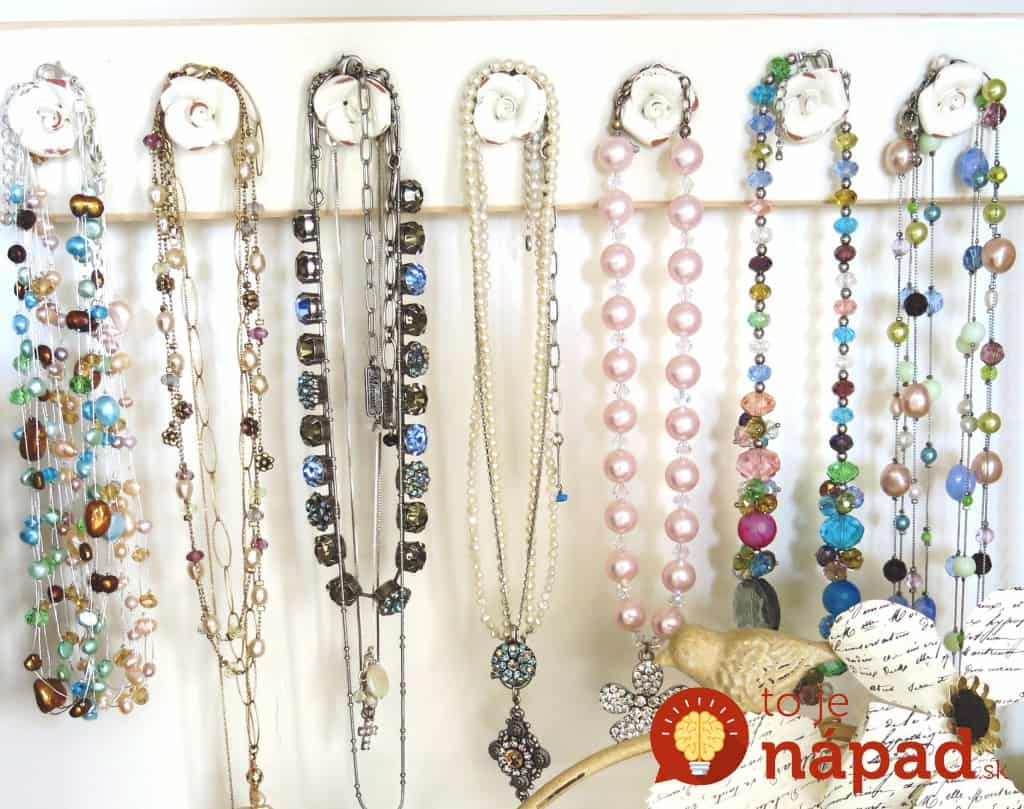 hanging-jewelry