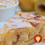 Tvarohový koláčik sporiadnou poriciou jabĺk