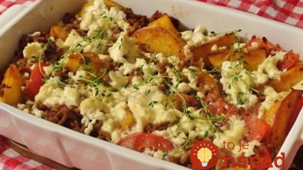 Grécka zemiaková misa s mäsom a zeleninou