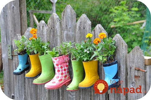 old-gardening-boots-as-planters