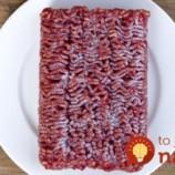 Zabudli ste rozmraziť mäso? Jednoduchý trik, ako to zvládnuť rýchlo a celkom bezpečne!