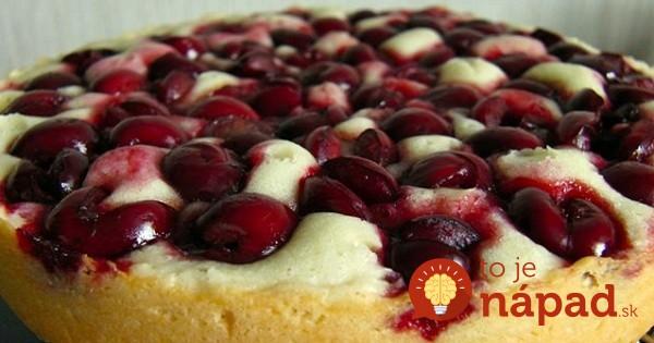 Bleskový čerešňový koláč z jogurtového cesta