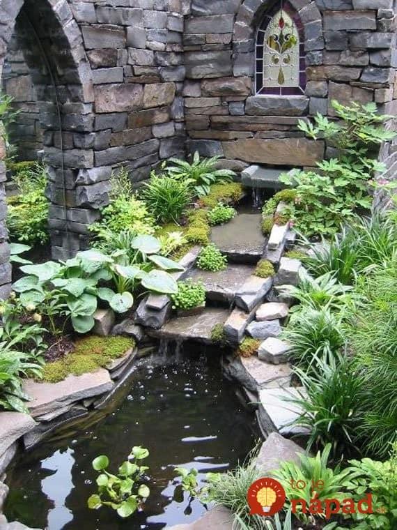 AD-Backyard-Ponds-Water-Gardens-24