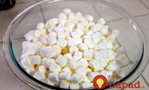 Cukríky zmiešala s maslom a jednou ďalšou prísadou. Vytvorila perfektný dezert na Deň detí!