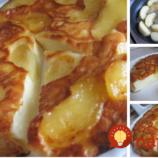 Tvarohovo-smotanový koláč s pečenými jabĺčkami