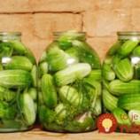 Bez zavárania: Nakladané uhorky v sladkokyslom náleve!