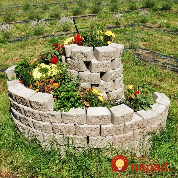 Raised-Spiral-Garden