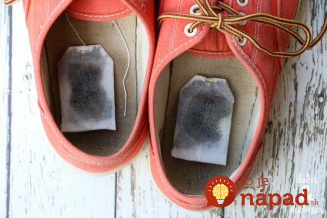 4098205-scented-tea-bags-in-shoes-to-get-rid-of-stinky-smell-1470050915-650-c52d24ee3a-1470155679