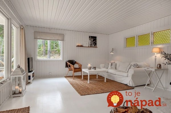AD-A-Small-White-House-In-The-Woods-Of-Sweden-04