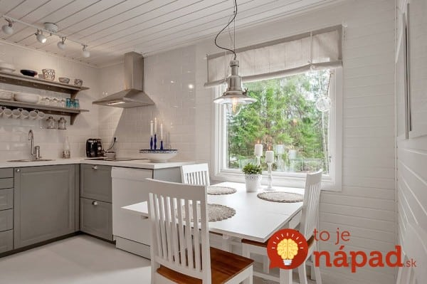 AD-A-Small-White-House-In-The-Woods-Of-Sweden-07