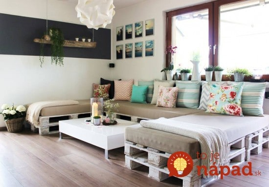 How-To-Make-A-Pallet-Lounge-