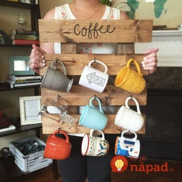 Pallet-Coffee-Mug-Holder