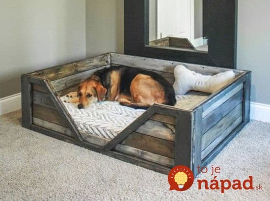 Pallet-Dog-Bed-Tutorial--550x410