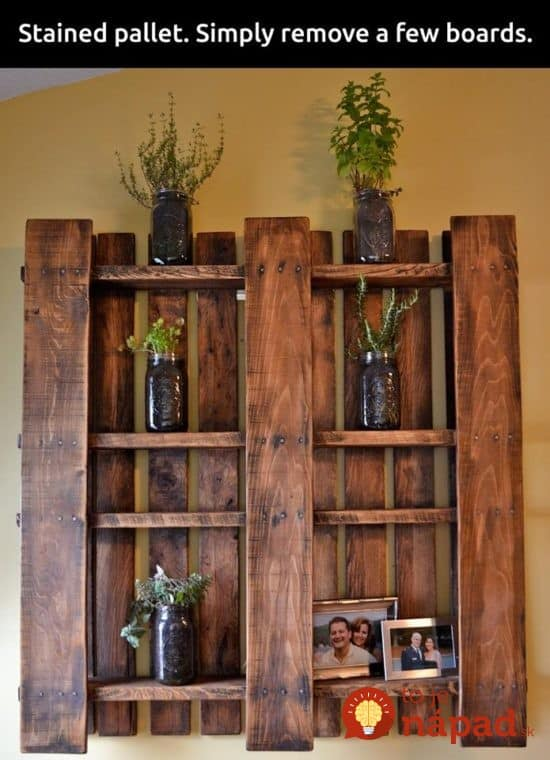 Stained-Pallet-Wall-Shelf--550x760