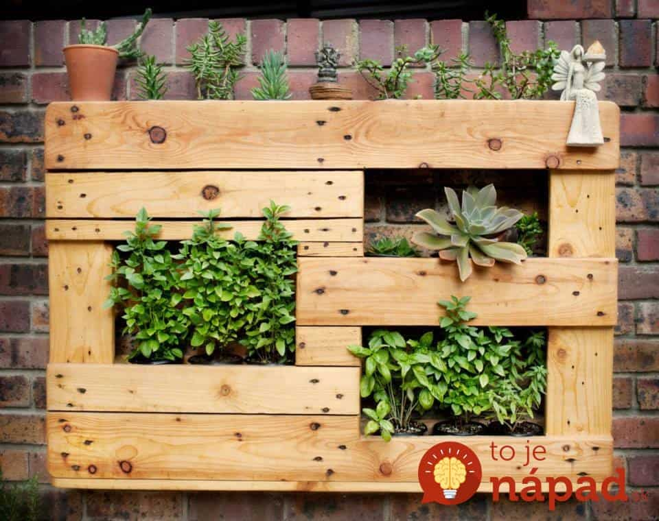 pallet-wall-hanging-succulent-planter-with-pot-organizer