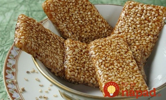 3 suroviny, 15 minút: Vyskúšajte domáce sezamové tyčinky!