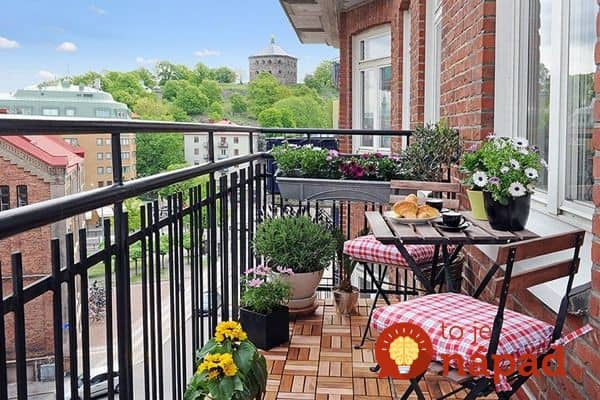 modern-balcony-garden-ideas-stylish-outdoor-furniture-potted-flowers