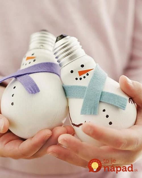 light-bulb-snowmen-1
