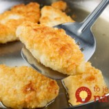 Trik (nielen) na štedrovečerný stôl: Stačí urobiť jednoduchú vec a ryba bude chutiť ako z luxusnej rešturácie!