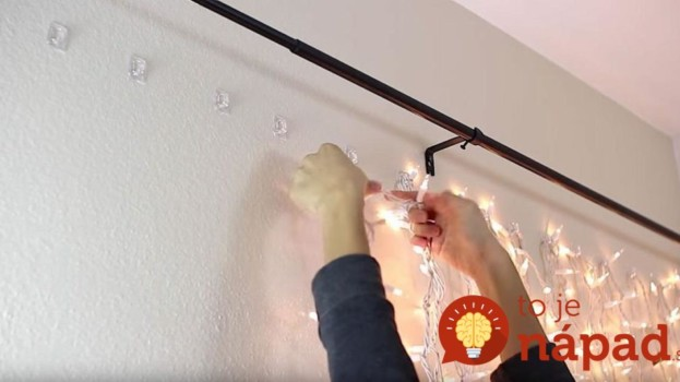 Žena našla úžasný spôsob, ako využiť vianočné svetlá celoročne. Po tomto budete túžiť i vy!