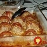 """Mini fašírky na """"oxfordský"""" spôsob: Mäsové guľky so syrom obalené v slaninke!"""