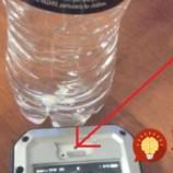 K mobilu priložil fľašu s vodou: Tento trik vám pomôže, keď budete v núdzi!