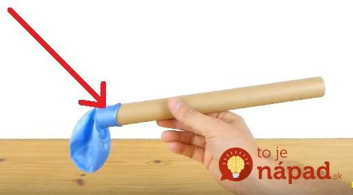 Vezmite prázdnu rolku z papierových obrúskov a balónik: O pár minút budete mať tú najlepšiu veľkonočnú výslužku pre šibačov!