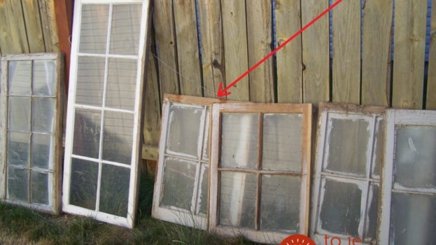 Po rekonštrukcii im ostali staré okná: Namiesto toho, aby ich vyhodili, prišli s geniálnym nápadom, ako ich využiť v záhrade!