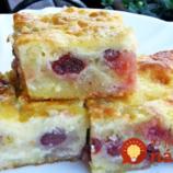 Cigánska štrúdľa bez cesta: Neskutočne dobrý koláčik s tvarohom, smotanou a domácimi čerešňami!