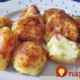 Úžasne chutné zemiaky so syrom a šunkou, pečené v rúre!