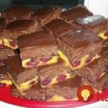 Neskutočne dobrý koláčik: Čoko-čerešňové kocky s výborným krémom, najlepšie chutia dobre vychladné!