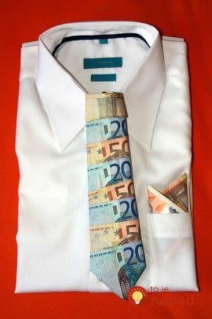 Peniaze v obalke