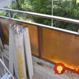 Nikto jej neveril, že zanedbaný mini-balkón by mohla sama prerobiť: Keď ukázala rodine takýto výsledok za pár dní, takmer im spadla sánka!