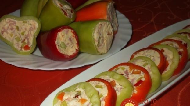 """Vynikajúci tip na skvelé pohostenie: Letné plnené papriky """"na studeno"""" chutia výborne a máte ich hotové raz-dva!"""