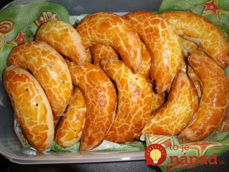 Výsledok vyhľadávania obrázkov pre dopyt Toto je náš rodinný klenot: Prastarý recept na tie najlepšie Bratislavské rožky, s makovou aj orechovou náplňou!