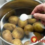 Úplne jednoduchá finta, vďaka ktorej budú zemiaky chutiť ako nové, aj uprostred zimných mesiacov!