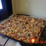 Zázračné cesto na pizzu z 2 prísad: Keď ho vyskúšate raz, už vám ani nenapadne, kupovať mrazený polotovar z obchodu!