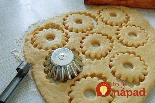 Pudingové kolieska (nielen) na sviatočný stôl: Dajte do nich akýkoľvek puding, ktorý doma nájdete, sú fantastické!