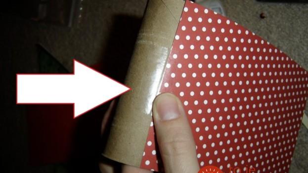 Vzala len rolky od papierových utierok a farebný papier: Na toto Mikulášske prekvapenie sa nechytajú adventné kalendáre z obchodu!