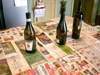 Na tento úžasný nápad použila len prázdnu fľašu a soľ: Na slávnostný stôl už nič iné nehľadajte!